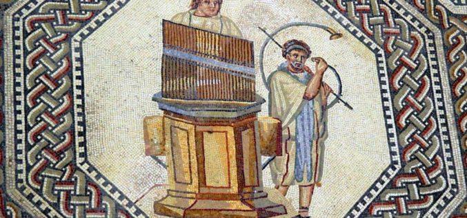 """De Ctesíbio de Alexandria a Manuel Sá Couto, o """"Langocinha"""": Dois mil anos de história do órgão"""