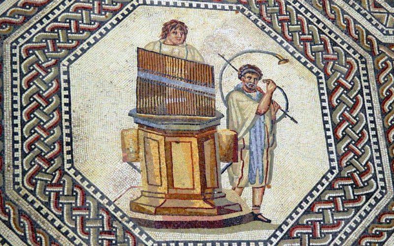 """História da Música   De Ctesíbio de Alexandria a Manuel Sá Couto, o """"Langocinha"""": Dois mil anos de história do órgão"""
