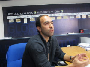 Nuno Moreira olha para o futuro como quem sabe que a rede sobre a qual trabalha é segura (Imagem: Pedro Costa) F C Famalicão - Vila Nova