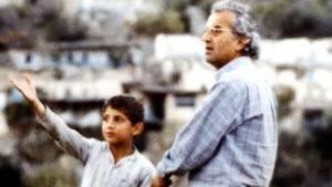 Abbas Kiarostami - E a vida continua... (1992) - Vítor Ribeiro, para Vila Nova - Famalicão Online: O olhar do espectador constrói o filme 2