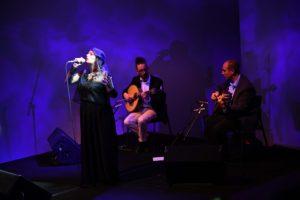 Vila Nova Online | Silêncio que se vai cantar o... Fado