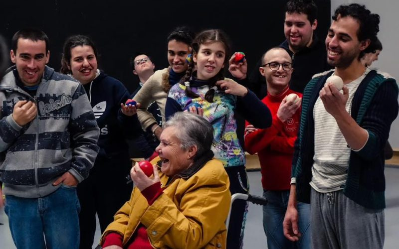INAC | EnvolvAr-te. Incluir e integrar através das artes do circo