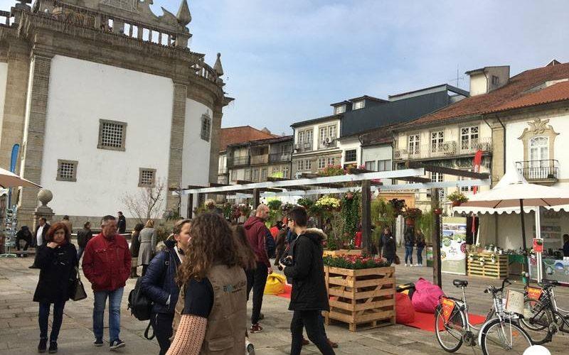 """Amigos da Montanha disseram """"Olá!"""" à Primavera em iniciativa de caráter ambiental realizada no centro histórico"""