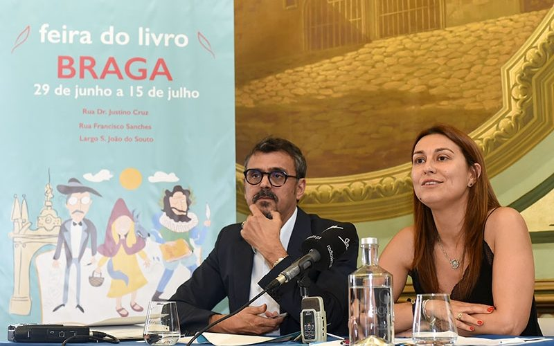 Livros & Leitores | Largo S. João do Souto é nova casa da Feira do Livro de Braga