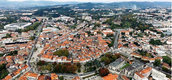Centros Históricos | ARU de Guimarães. Reabilitação urbana – Novas áreas e ampliação das existentes