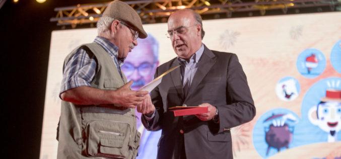 Artes Populares | Abílio Pereira, de Viatodos, distinguido com Prémio Carreira na Gala do Artesanato barcelense