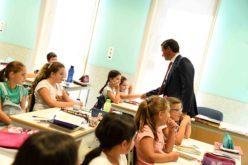 Ensino | Paulo Cunha garante gratuitidade de manuais escolares até ao 9.º ano a partir de 2019-2020