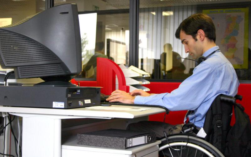 Inclusão | BE e PS acordam projeto-lei que estabelece quotas de integração de deficientes   nas empresas privadas