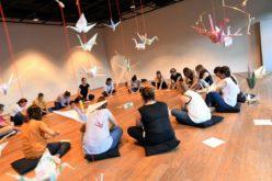 Projetos | 'Orizuru'. Origami envolve famílias e escolas em trabalho artístico