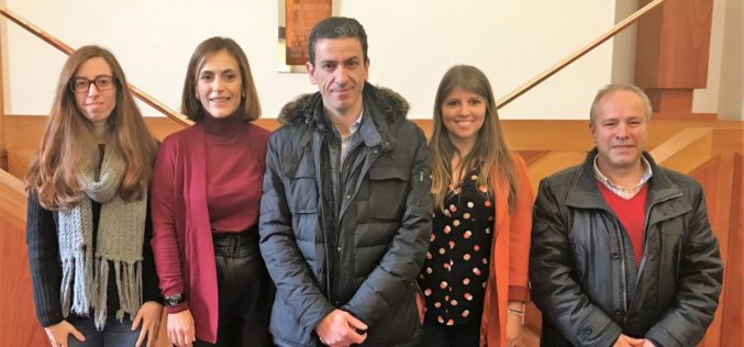 Agricultura | IBR de Guimarães entrega primeiros terrenos do Banco de Terras a Marta Carvalho e Miguel Figueiredo
