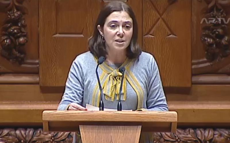 PS | Catarina Marcelino: O Plano de Nascimento pretende constituir um salto qualitativo no ato de nascer em Portugal