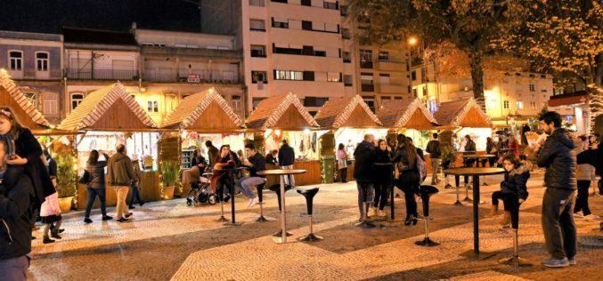 Natal | 'Mercadinho de Natal' no centro de Famalicão convida ao convívio e ao encontro