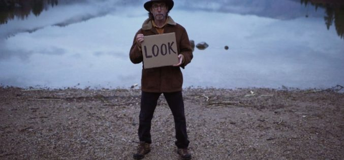 Porto/Post/Doc   'Becoming Animal' e 'Graves without a Name': filmes sobre a busca, um da vida o outro da morte