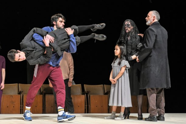 Guidance - Drama, de Victor Hugo Pontes