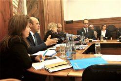 Negócios | Governo lança linha de crédito anti-Brexit para apoio às exportações destinadas ao Reino Unido