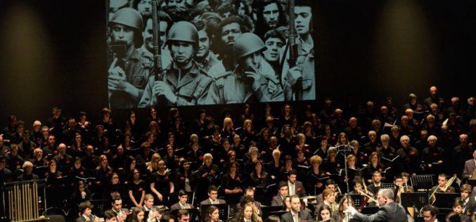 25 de Abril | Guimarães apresenta programa extenso de comemorações: música, teatro, debates, cinema, exposições….