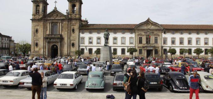 Clássicos | Drive-it Day celebra paixão por veículos antigos no Monte do Sameiro em Braga