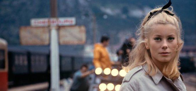 Lucky Star | 'Os Chapéus de Chuva de Cherburgo' de Jacques Demy