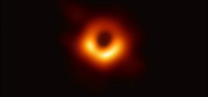 Astronomia | A primeira imagem de um buraco negro