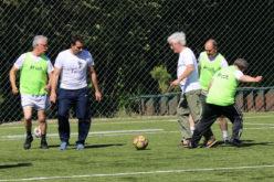 Futebol | 'Walking Football' reúne antigos jogadores do Vitória SC e utentes do projeto Vida Feliz