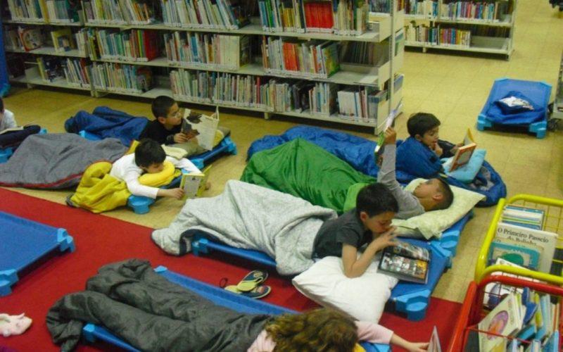 Ler | 'Dormir com os Livros' antes das férias escolares