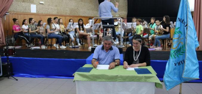 Protocolos | Barcelos apoia formação musical e desporto