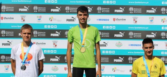 Atletismo | Francisco Silva da EARO sagrou-se Campeão Nacional nos 1500m Juvenis