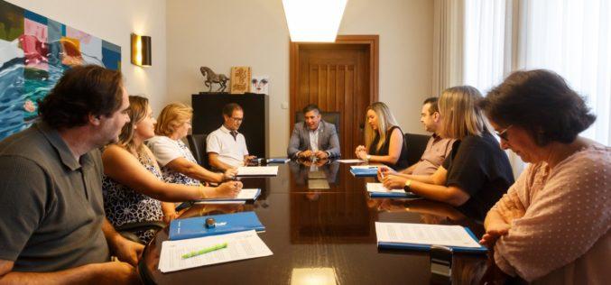 Ensino | Santo Tirso oferece material escolar aos alunos do 1º Ciclo