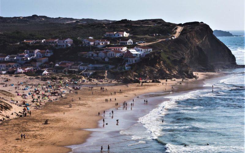 Negócios | Posicionar Portugal como um dos destinos turísticos mais competitivos e sustentáveis do mundo