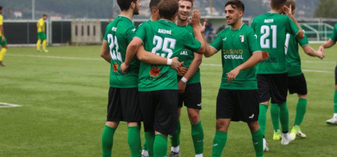 Futebol   Desportivo de S. Cosme dá início à época com vitória expressiva