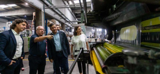 Negócios | Macar, empresa produtora de plásticos 100% reutilizáveis, visitada por Alberto Costa