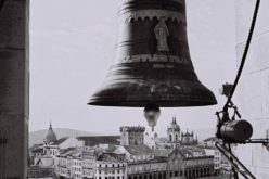 Património | Elisa Lessa apresenta olhar particular sobre os sinos de Braga na Biblioteca Lúcio Craveiro da Silva