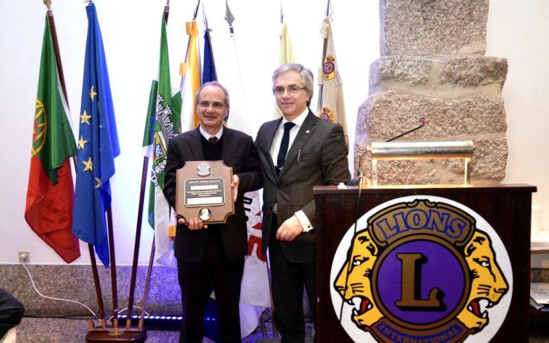 Reconhecimento   Lions Clube de Guimarães homenageia Domingos Bragança