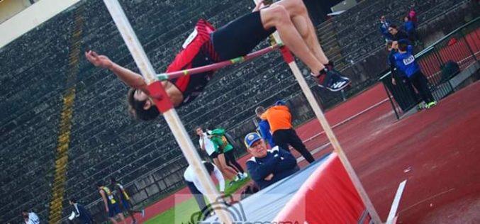 Atletismo | Pedro Sá (Amigos da Montanha) vence Torneio de Ano Novo em Salto em Altura