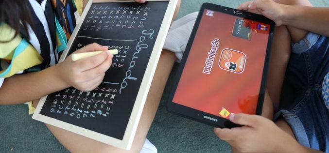 Ensino | Famalicão estende programas educativos Hypatiamat e Mais Cidadania a casa dos famalicenses