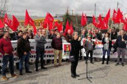 Trabalho | Funcionários da Herdmar e sindicatos exigem melhores regalias e condições de vida