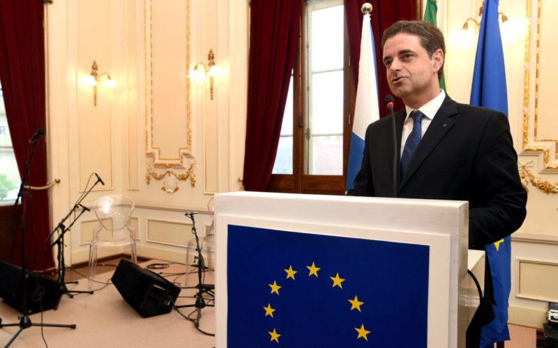 Diplomacia   Em Dia da Europa, Ricardo Rio testemunha crença na afirmação do continente