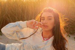 Moda | Nuwa de Guimarães poupa 1.600 litros de água em cada t-shirt produzida