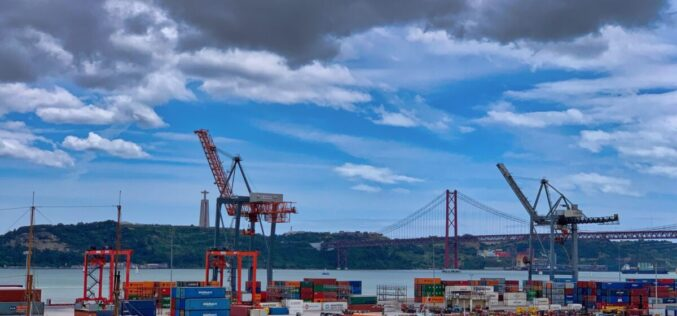 Seguros | COSEC assina protocolo para distribuir 400 M€ em seguros de crédito à exportação