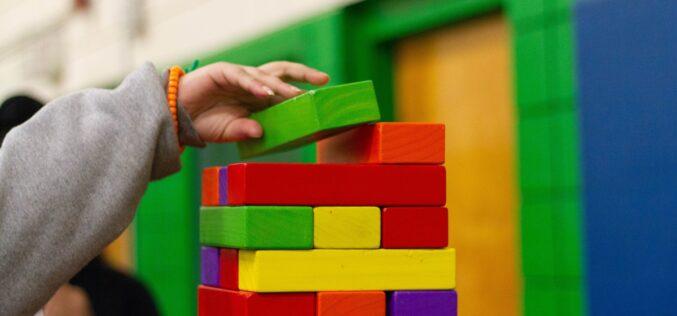 Ensino | Crianças infetadas pela Covid-19 duplicaram desde maio, metade destas desde que as creches reabriram