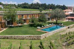 Turismo | Torre de Gomariz vence prémio de Melhor Hotel Rural da Europa e do Mediterrâneo