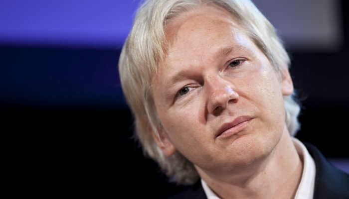 Julian Assange by AI PT 269023-700x400