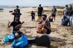 Ambiente | Andreas e Verdim colhem lixo nas praias da Póvoa de Varzim