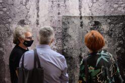 Têxtil | Contextile distingue 'Wallpaper & wall hanging' de Krista Leesi com Prémio de Aquisição