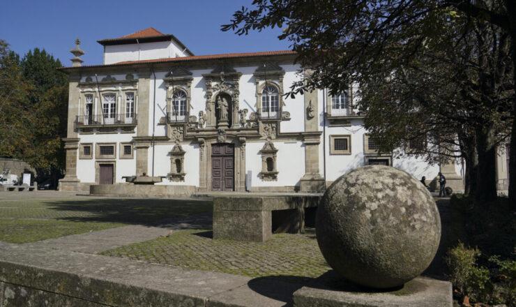 Convento de Santa Clara - Atual Camara Municipal de Guimarães - Centro Histórico