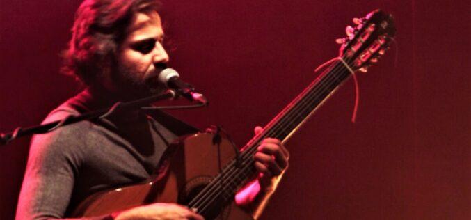 Música | André Júlio Turquesa resiste no Ciclo de Cantautores