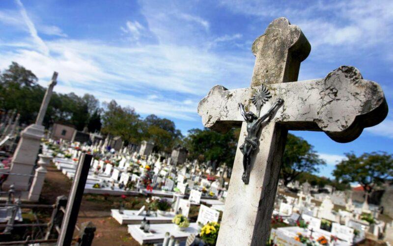 Pandemia | Cerimónias religiosas de Fiéis Defuntos ausentes de cemitérios em Esposende