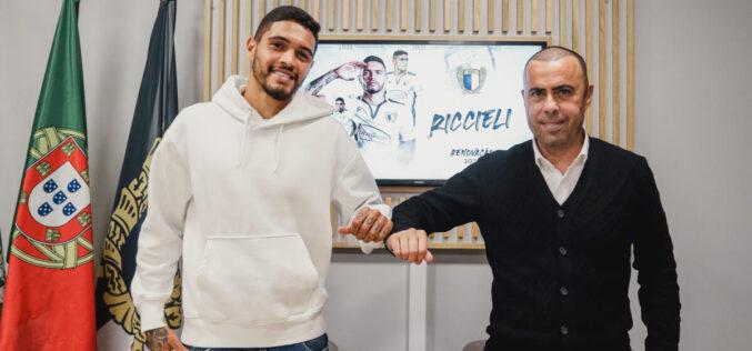 Futebol | Riccieli renova pelo FC  Famalicão até 2025